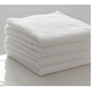 Полотенце махровое белое 50х90 см